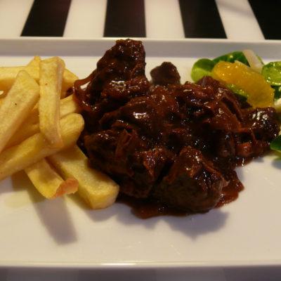 stoofvlees met frietjes, een Belgische klassieker