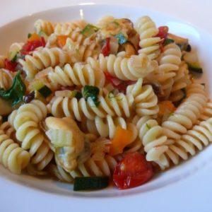 Fusilli met mosselen en groentjes