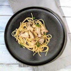 Glutenvrije spaghetti met eekhoorntjesbrood