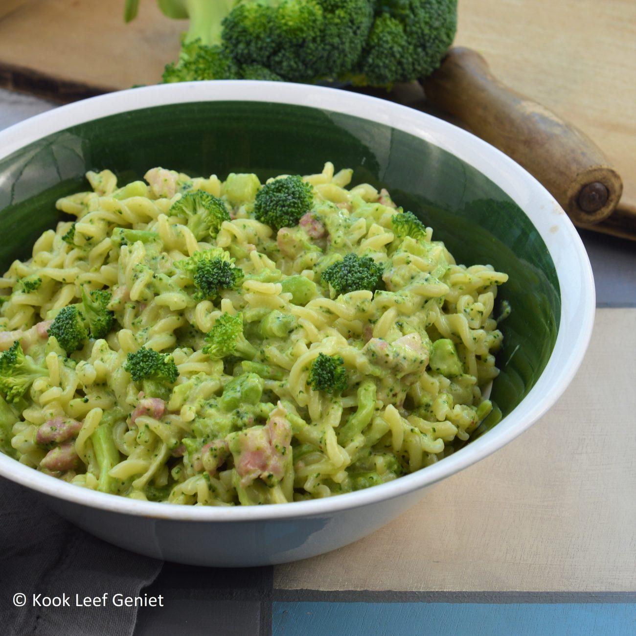(Glutenvrije) fusilli met broccoli en spek